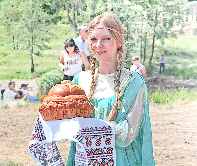 Russian traditions the bread and salt custom to discover