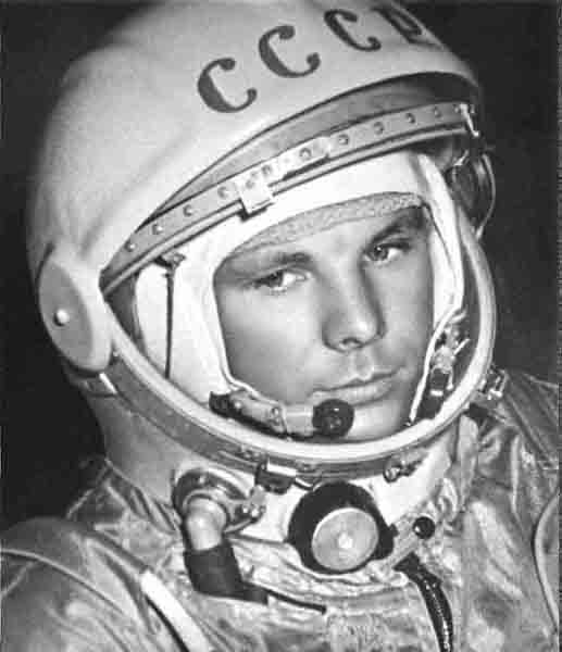 first astronaut in space russian - photo #13