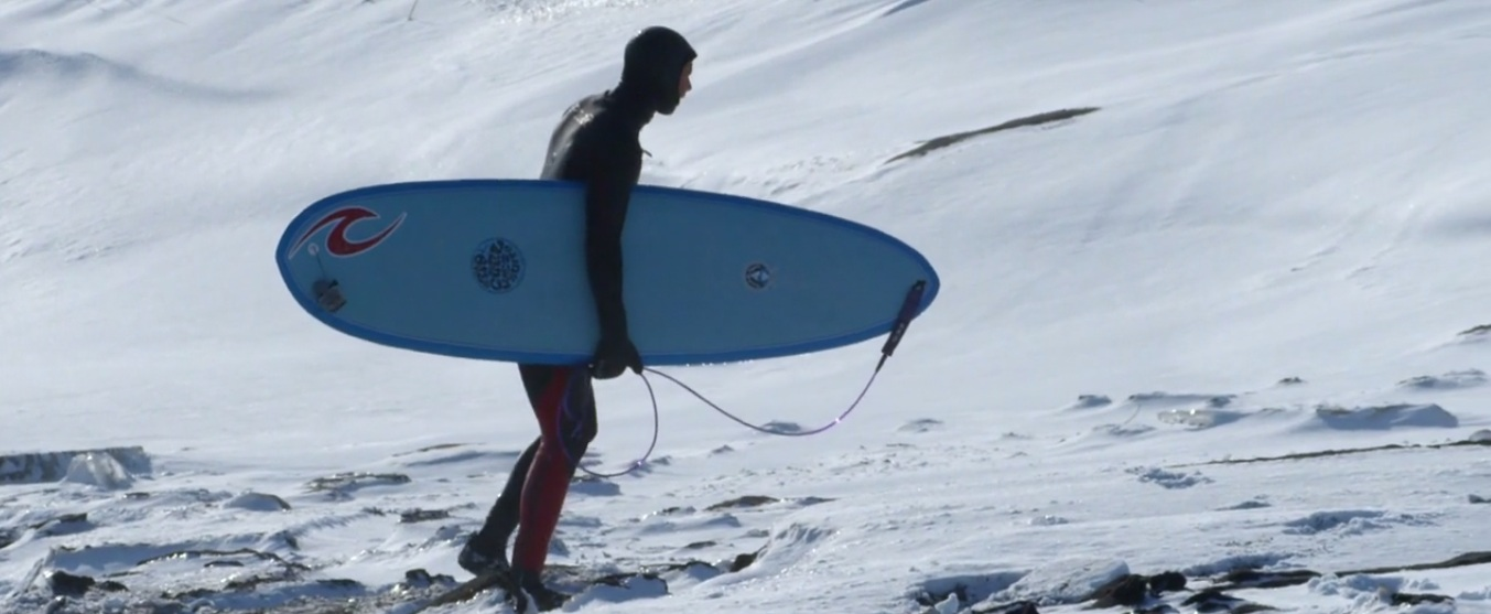 Russian Surfing in the Middle of Winter