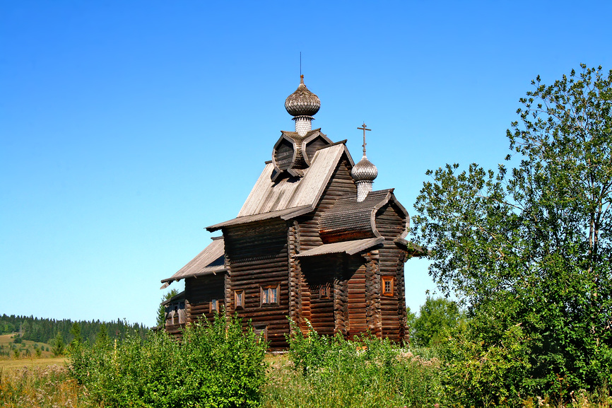 Wooden church of the Transfiguration (1707), the architectural museum Hohlovka, Perm