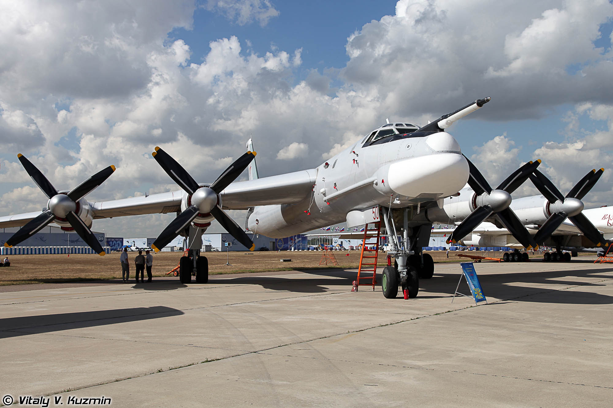 Bomber Aircrafts Tupolev Tu 95 And Tu 160 To Discover Russia